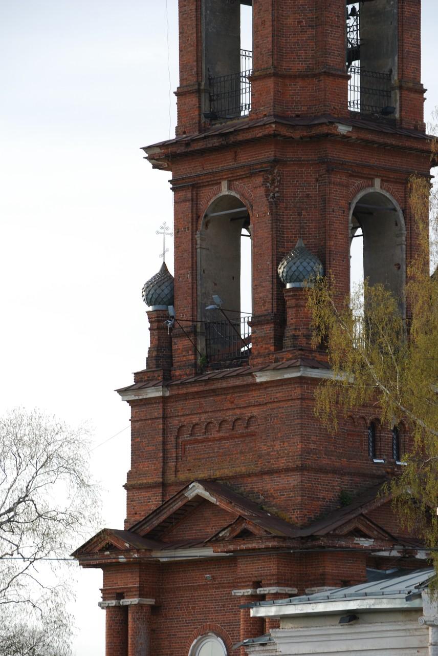 Церковь в старом некоузе фото 5